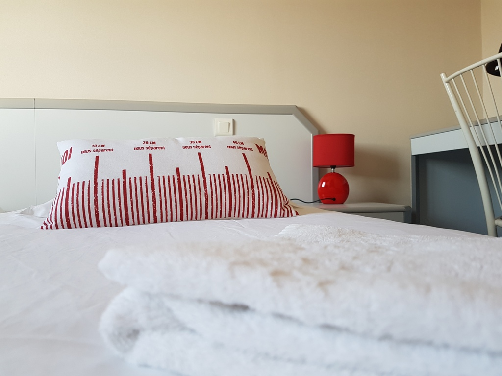 Chambre twin rouge