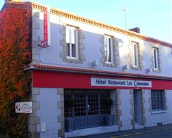 Hotel Les-Colonnades-Saint-Fulgent-85-hot-1