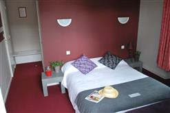 Hotel Les-Colonnades-Saint-Fulgent-85-hot-3
