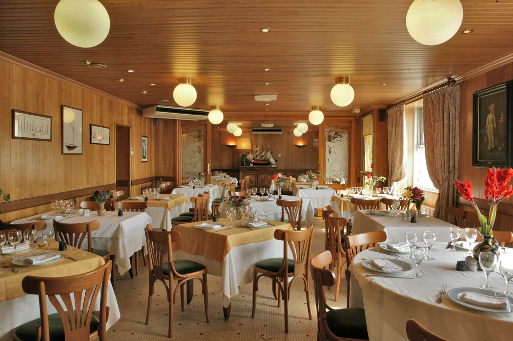 Le point du jour restaurants la roche sur yon vendee - La table restaurant la roche sur yon ...