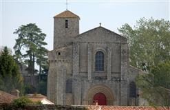 eglise-saint-nicolas-la-chaize-le-vicomte-85-pcu-1