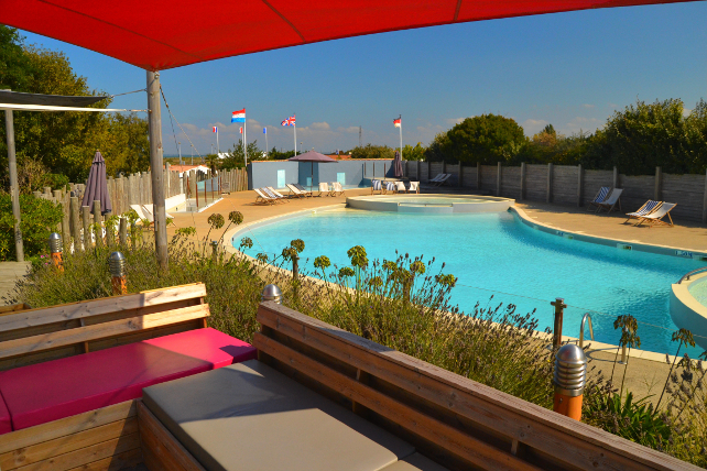 Camping municipal de la court campings la gueriniere for Piscine noirmoutier