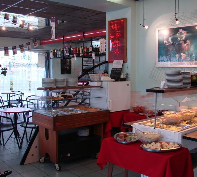 buffet-cafe-des-sports-262174