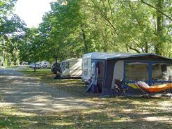 camping-le-marais-saint-bensoit-sur-mer-emplacement