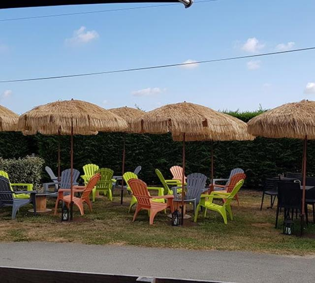 camping-talmont-st-hilaire-dunes-bar-terrasse