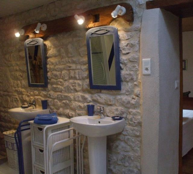 chambre-dhotes-la-piaule-saint-pierre-le-vieux-85-hlo-2