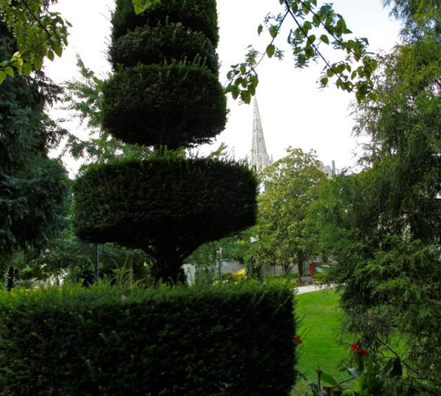 parc-de-l-hotel-de-ville-fontentay-le-comte-85-pcu-8