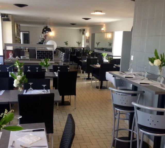 salle-restaurant-guittion-chatelliers-85700